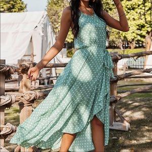 💚🌻Halter Dress